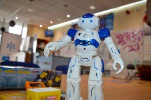 Robots at code ninjas newbury